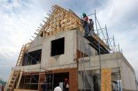 budowa domu, robotnik