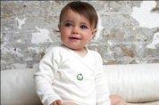 Miękka i przewiewna bawełna body Green Baby zapewnia komfort maluchowi